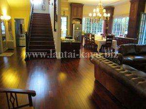 Lantai kayu merbau dan cover trap tangga merbau natural